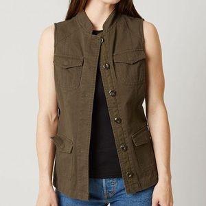 Buckle | Daytrip green vest